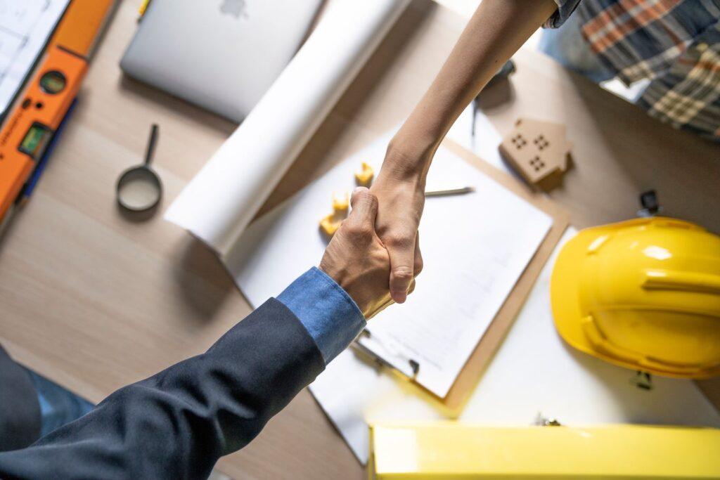 Assurance dommage ouvrage conclue entre le maître d'oeuvre et son client